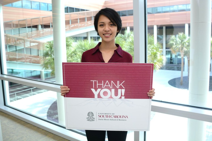 Tiffany Nguyen thanks Darla Moore School of Business donors for their generosity.